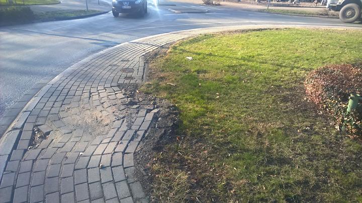 Der innere Ring des Kreisverkehrs war stark beschädigt