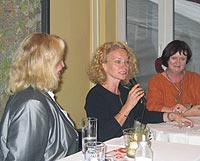 Von links: Astrid Schröder, Elia Albrecht-Mainz und die ASF-Vorsitzende Liesel Mels