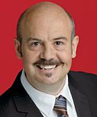 Frank Motschull ist Vorsitzender des Ortsvereins Oberhausen-Ost und sozialpolitischer Sprecher der SPD-Ratsfraktion