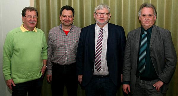"""Helmuth Eidam, Karl-Heinz Müller, Ingolf Möhring und Jörg Schröer (von links)   """"Oberhausens Bürger sind sicher"""", sagt Polizeipräsident Möring bei einer Diskussion uüber die Sicherheit in der Stadt."""