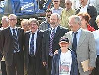 Gute Stimmung im Stadion: Sportdezernent Apostolos Tsalastras, RWO-Präsident Hermann Schulz, SPD-Fraktionschef Wolfgang Große Brömer und OB-Kandidat Klaus Wehling (v. l.)