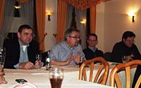Von links: Hubert Cordes (Vorsitzender des Ortsvereins Sterkrade-Süd), MdEP Jens Geier, Sebastian Flecken (Vorsitzender des Ortsvereins Sterkrade-Nord) und Olaf Rabeisen (Vorsitzender des Ortsvereins Alsfeld-Holten)