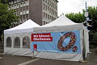 Das Wir-können-Oberhausen-Zelt der Oberhausener SPD auf dem Friedensplatz