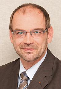 Rainer Schmeltzer ist seit dem 1.Oktober 2015 Minister für Arbeit, Integration und Soziales des Landes Nordrhein-Westfalen