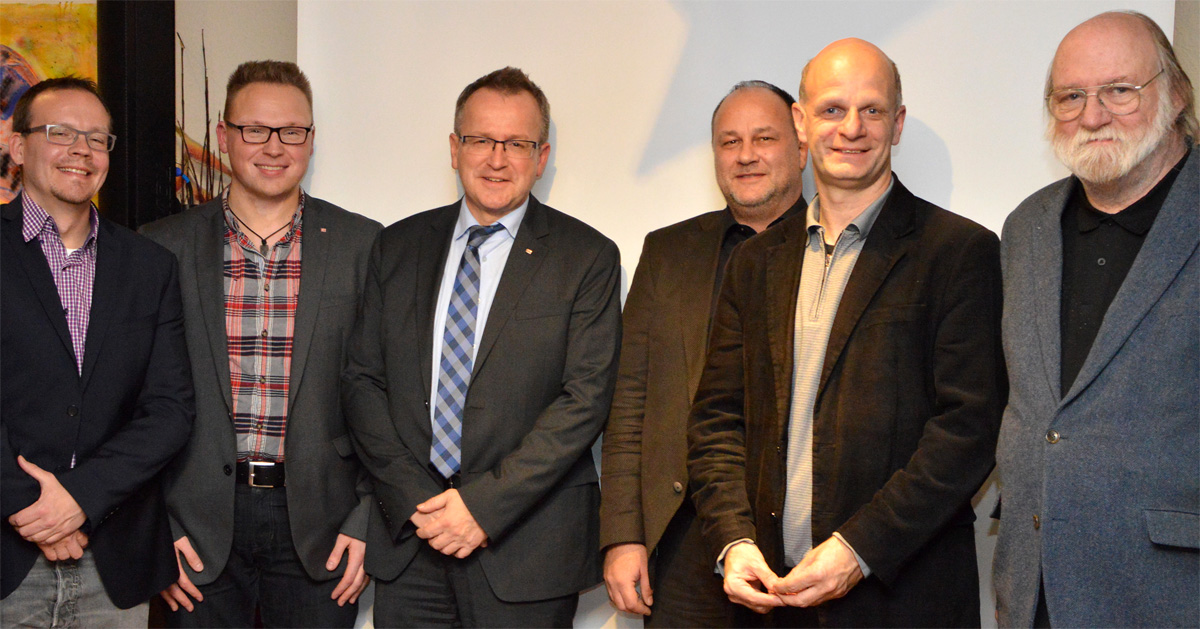 Sascha Zuk (Abellio), Hans Benedikt Orta, Stefan Ventzke (beide DB), Ralf Dammann (VRR), Stefan Zimkeit MdL, Lothar Ebbers (Pro Bahn)