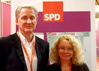Vertraten den SPD-Unterbezirk Oberhausen auf dem Bundesparteitag in Hannover: Karl-Heinz Emmerich und Elia Albrecht-Mainz