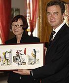 Angelika Jäntsch, Vorsitzende des Ortsvereins Oberhausen-Mitte, mit Karlheinz Merzig,