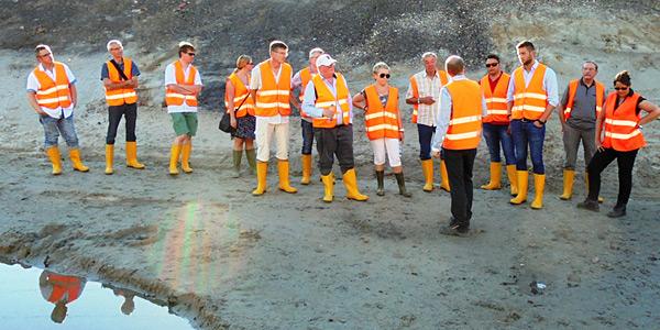 Besuch auf der Großbaustelle: Mitglieder des SPD-Ortsvereins Oberhausen-Ost