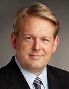 Dirk Vöpel ist Mitglied des Deutschen Bundestages für Oberhausen und Dinslaken