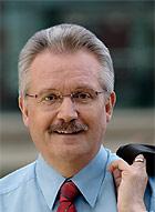 Klaus Wehling ist erster Bürgermeister der Stadt Oberhausen und Spitzenkandidat der SPD für das Amt des Oberbürgermeisters